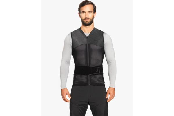 Atomic Live Shield vest amid All Black Front 2