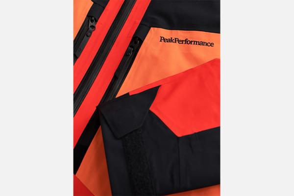 Peak Performance Gravity Jacket Racing Red-Zeal Orange-Black gore-tex jacka
